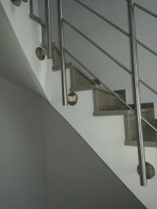 Treppenhausgestaltung weiß