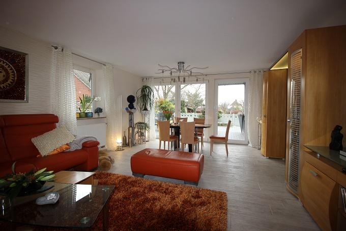 Wohnzimmer mit Marburg Tapeten