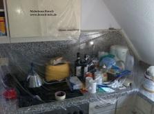 Restlichen Gegenstände und Fläche wurden abgedeckt
